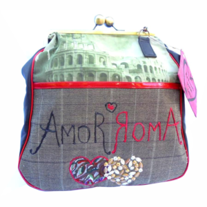 Rome love clasp bag